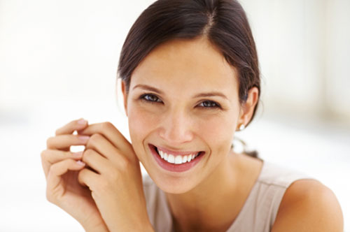 Greet Your Special Someone With a White Smile (infographic)